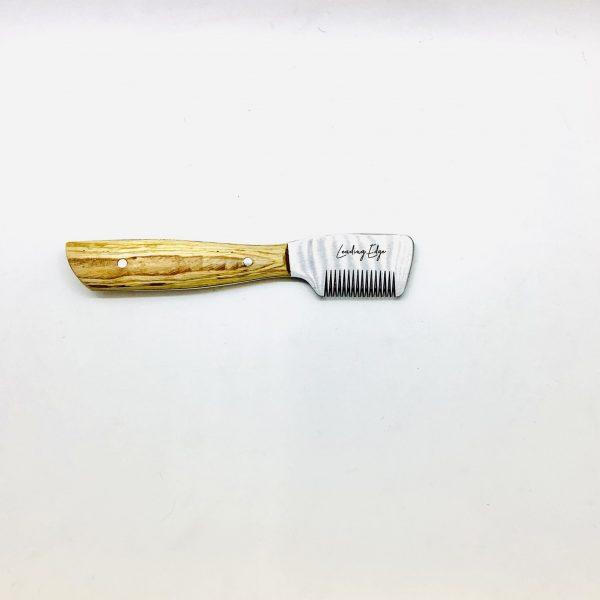"Professional Hand Stripping Knife Medium Tooth 6.25"" RHanded"